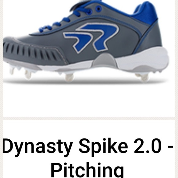 Ringor Metal Cleats With Pitching Toe